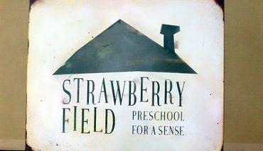 アメリカンレトロ看板(STRAWBERRY FIELD様)r-187311