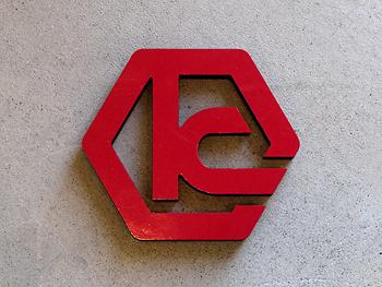 カルプ切文字表面カッティングシート側面塗装