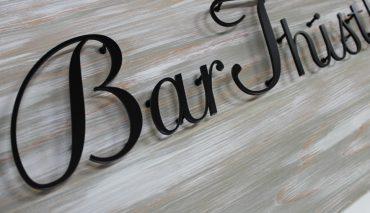 木製看板とアイアン切文字(Bar Thistle様)k-195177